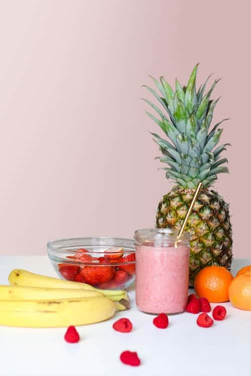 What Can We Eat Before a Yoga Class? Fruit smoothie
